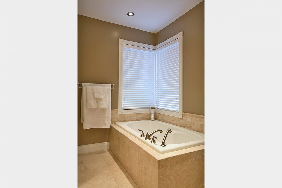 Point grey klondike contracting for Bathroom renovation project