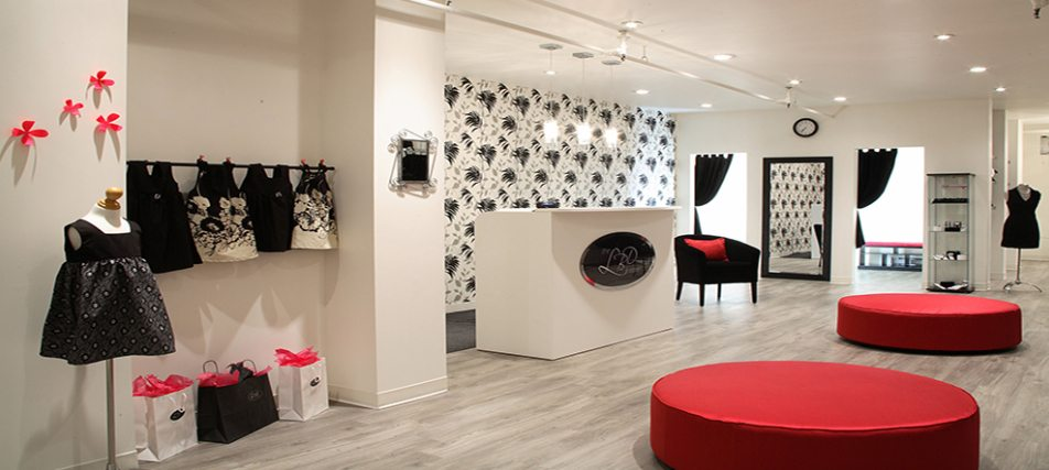 Store design and visual merchandizing for retail interior for Retail interior design